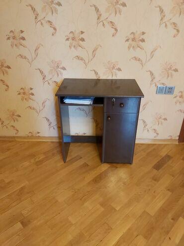 yazi stolu - Azərbaycan: Yazi stolu ela veziyyetde 60 azne satilir
