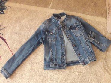 детская джинсовая куртка в Кыргызстан: Куртка джинсовая,42-44р,,покупали намного дороже! отличного состояния!
