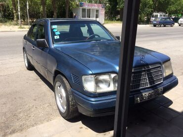 Mercedes-Benz Sumqayıtda: Mercedes-Benz E 200 2 l. 1989 | 335000 km