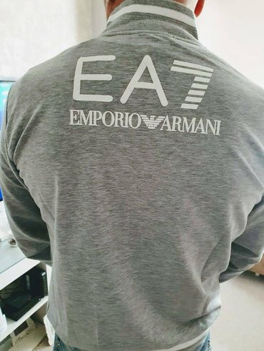 Velic da - Srbija: Emporio Armani duks