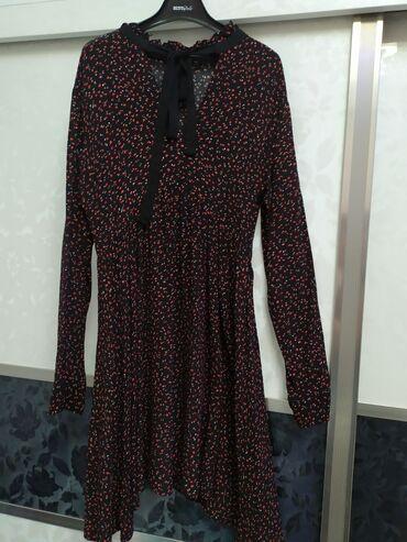 Продаю платье размер м