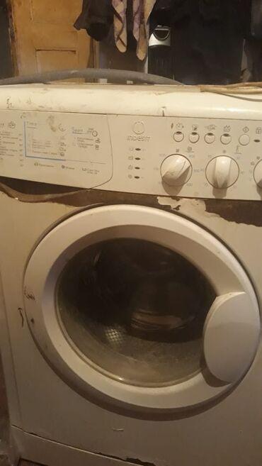 Avtomat Washing Machine Indesit 5 kq