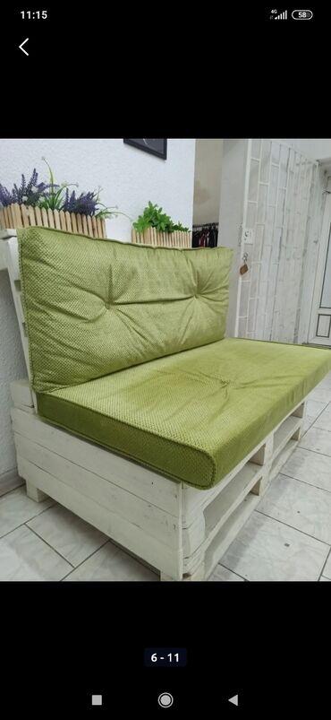 Продаю диван в стиле паллет . Вся мягкая часть очень качественная не