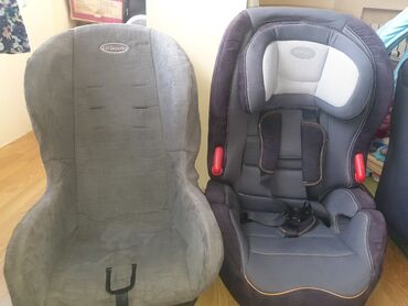 Продаю два авто кресла за серое сами цену предлогайте состояние у него
