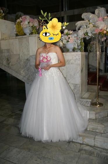 Свадебные платья и аксессуары - Кыргызстан: Продаю свадебное платье!! цвет Айвори. размер 46-48. на рост 175см. в