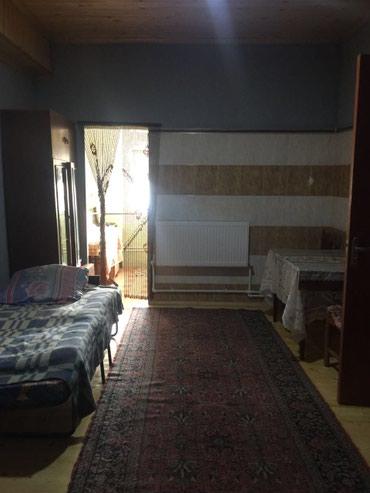 Bakı şəhərində Badamdar qes ıkı mertebelı evın 1 cı mertebesı kıraye verılır