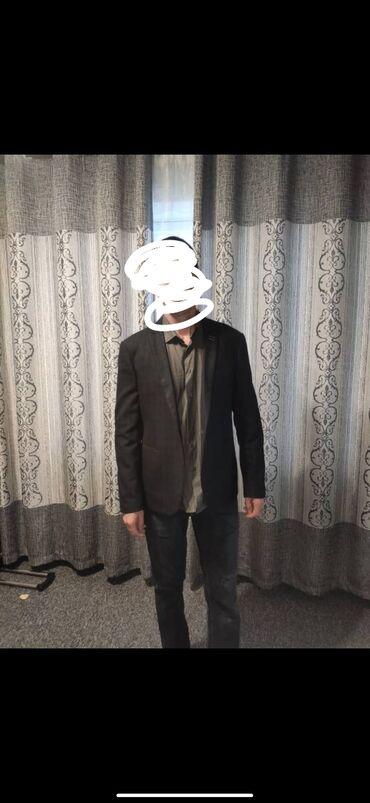 Срочно продаю мужской пиджак фирма dechmark