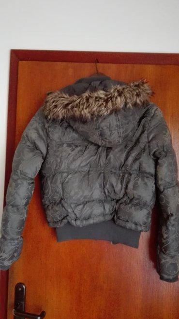 Siva jakna miss two kratka,m velicina,nosena i ocuvana. - Novi Sad - slika 3