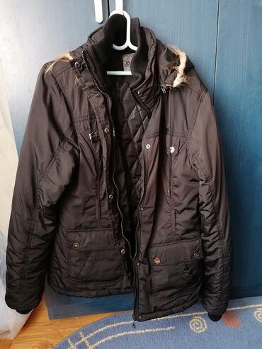 Lunar led - Crvenka: Zenska zimska jakna vel.2XL. Koriscena ali bez ostecenja. Cisto crna