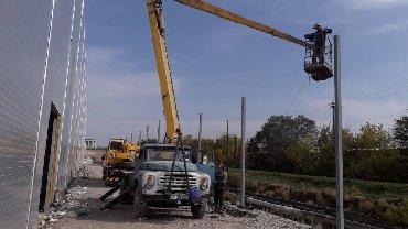 услуги зил в Кыргызстан: Услуги автовышки 18 метр  Зил 130