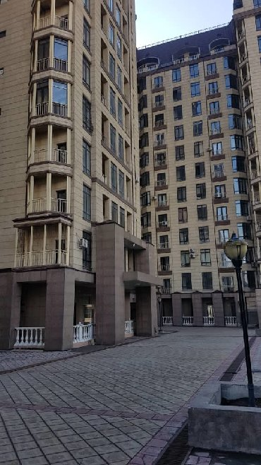 xbox core в Кыргызстан: Продается квартира: 4 комнаты, 140 кв. м