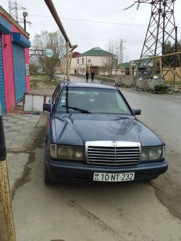 Mercedes-Benz 190 1.8 l. 1990 | 350000 km
