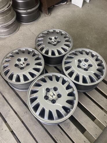 Срочно диски Honda (оригинал) размер r16 ширина 6,5j вылет ет55 цо64,1
