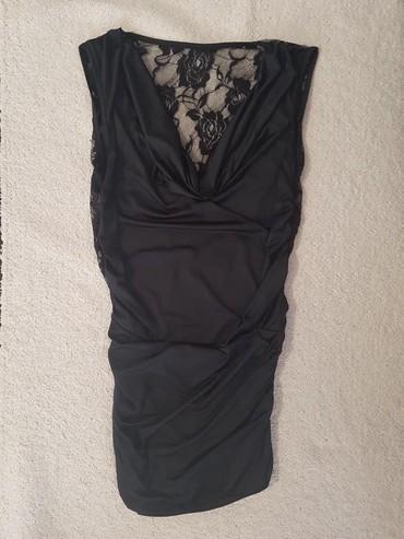Svecana crna haljina,moze i kao tunika,na ledjima ima cipke.Veoma - Novi Sad