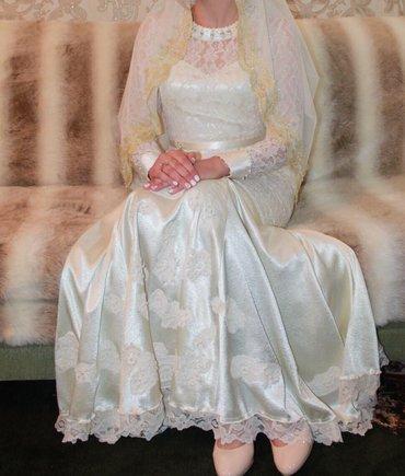платья корсеты в Кыргызстан: Продаю свадебное платье,трансформация,платье рыбка и на корсете пышная
