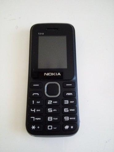 Bakı şəhərində Samsung 330, 360    nokia t210 sadə 2 nömrə+yaddaş kartı gedən telefon