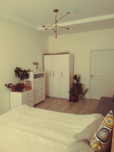 квартиры в продаже в Кыргызстан: Продается квартира: 1 комната, 42 кв. м