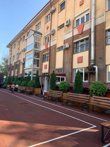 Здания - Кыргызстан: Сдаю 4-х этажное здание в центре, в отличном состоянииВозможно брать в