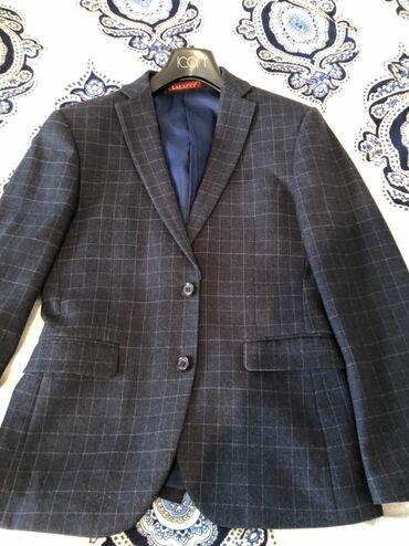 Флипчарты ukrboards для письма маркером - Кыргызстан: Качественный дорогой мужской пиджак, 44 размера темно синий в клетку