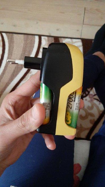 быстрая зарядка в Азербайджан: Tam arginal Gp firmasinin arginal adaptri ve ustunde 4 eded Gp 2700
