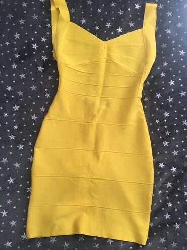 Kao nova, veoma popularna haljina. Univerzalna veličina