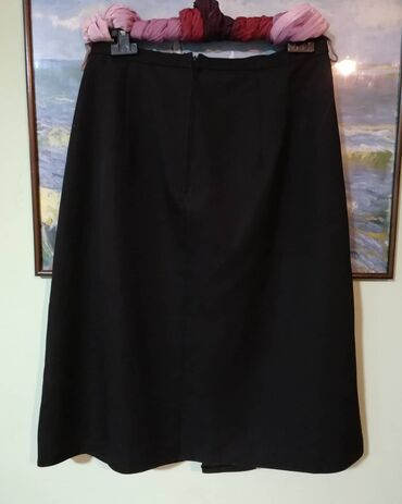 Poslovno elegantni komlet - Srbija: NINO elegantna, klasicna,crna suknja. Moze i za poslovnu odevnu kombin