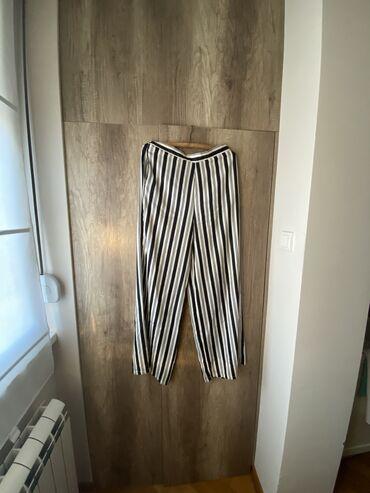 Pantalone tifany kroj - Srbija: Caliope pantalone, vel M, ali su sire pa mogu da prodju i kao L.Jako