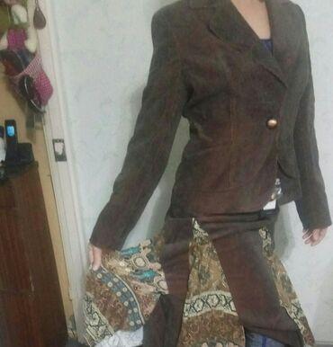 Тройка (пиджак,брюки и юбка). р.46-48