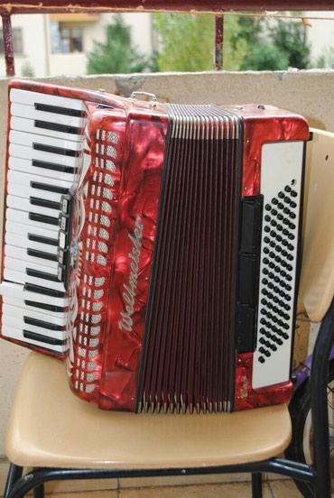 Yevlax şəhərində Akardion (accordion) Almanyadan 20il əvvəl hədiyyə gəlib.