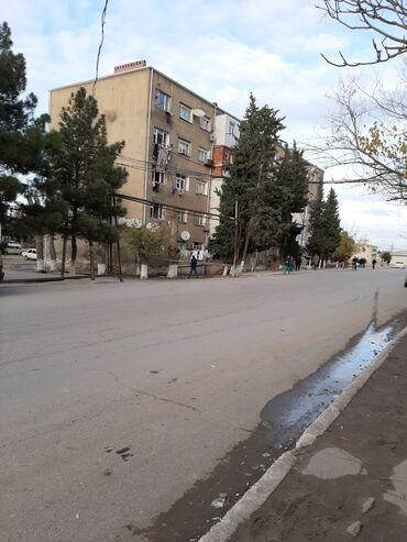 Продам - Азербайджан: Nasosnunun merkezinde 5mertebeli daş binanda 2korpusdan ibaret