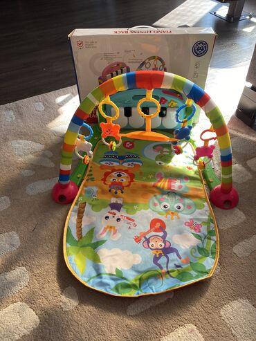Muzička Podloga za bebe igra 2000din sa klavirom