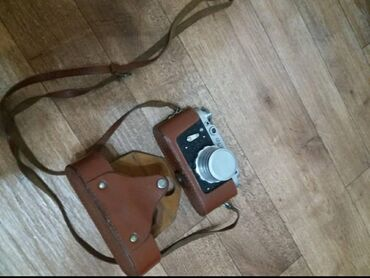 рабочий фотоаппарат в Кыргызстан: Продаю фотоаппарат Фет. Рабочий. Цена 2000 сом