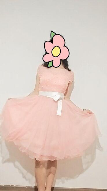 Свадебные платья и аксессуары - Бишкек: Срочно !! продам нежное платье, с хорошим качеством. Торг уместен