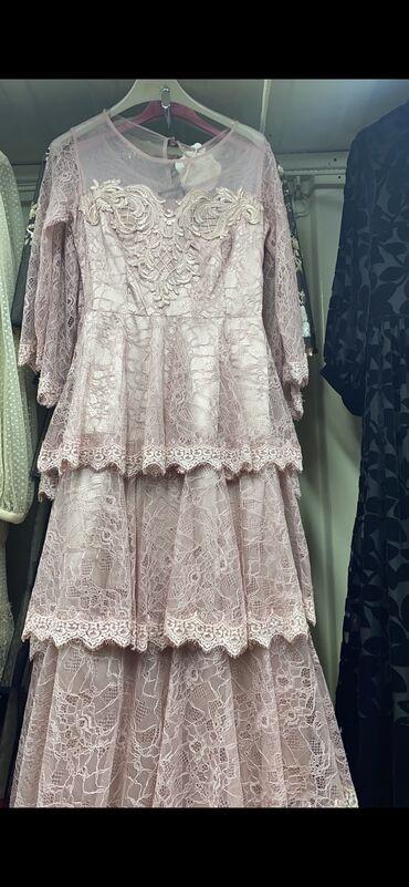 Продаю платья размер 44