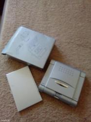 Kalkulator +sat novo +futrola za vizit kartice na stisak dugmeta sam - Kikinda