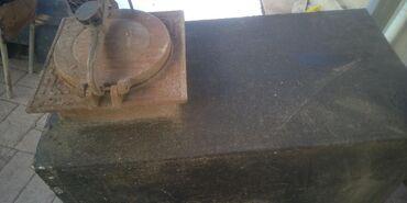 железная качеля в Кыргызстан: Продаю печка паровой,провнастильполка железной,бочка под корм качели