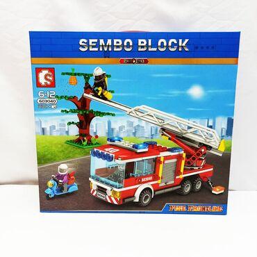 Конструктор Sembo Block - пожарная машина с деревом и мотоциклом, 330
