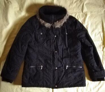 Topla zimska ženska jakna.Veličina XXL, ali odgovara za XL.Nošena
