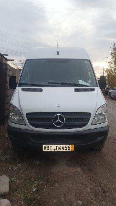 mercedes benz c63 amg в Кыргызстан: Mercedes-Benz Sprinter 2.2 л. 2008 | 280000 км