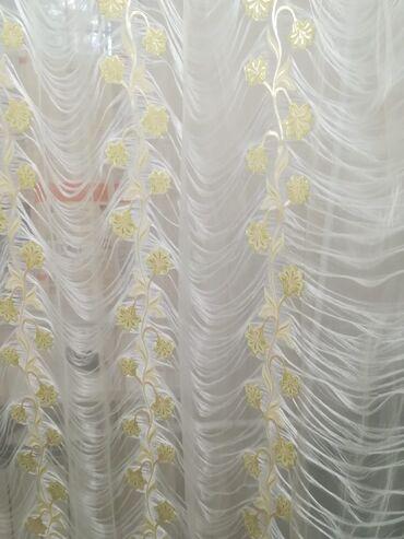 Продаются красивые тюли, в отличном состоянии, длина 6 метров, высота
