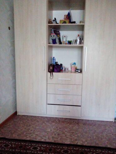 Сейфы - Кыргызстан: Продаем шкаф заказывали для себя,по бокам полочкина левой стороне