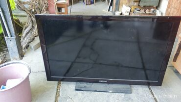Телевизор Самсунг 40 на запчасти