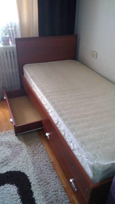 Кровати из дерева,в хорошем состоянии,2 шт. 5000 в Бишкек
