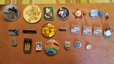 Значки - Кыргызстан: Продаю значки,цена 50 сом
