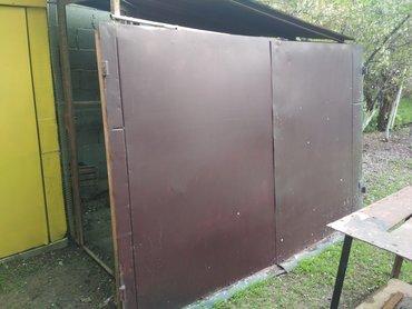 ворота на гараж в Кыргызстан: Продаю ворота для гаража!!! прочный метал, советский, высота 1.75 м