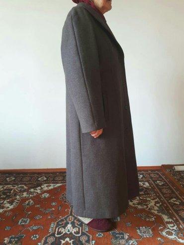 Новое пальто от фирмы чолпон размер 52 не одевали ни разу с  этикеткой в Бишкек