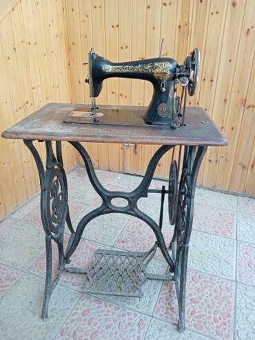 Elektronika Göytəpəda: Qədimi Alman istehsalı olan tikiş maşın satilir. Bəlkə də 1 əsrden