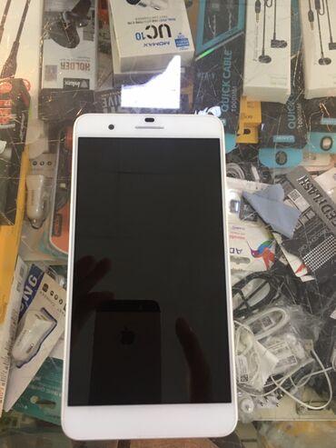 iphone 7 plus цена бу в Кыргызстан: Honor 6 plus состояние как новый в комплекте зарядка