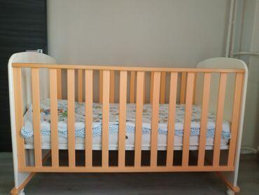 Παιδικό κρεβάτι που γίνεται μετά κανονικό για ηλικίες έως 6 ετών.Η