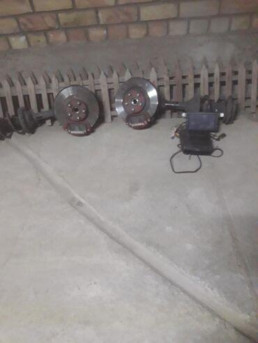 Продаю рулевая рейка,правый рычаг,комплект амортизатор с